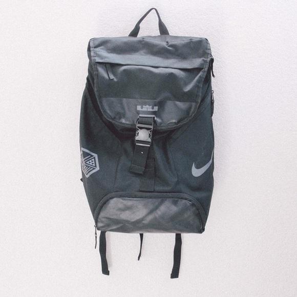 6decaeba6d Nike LeBron Ambassador Max Air Black Backpack. M 5ab0751a00450fbe81006b59
